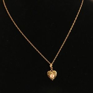 Jewelry - 1928 gold plated Porcelain rose heart necklace